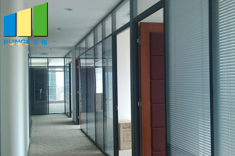 glass partition customized for banquet hall