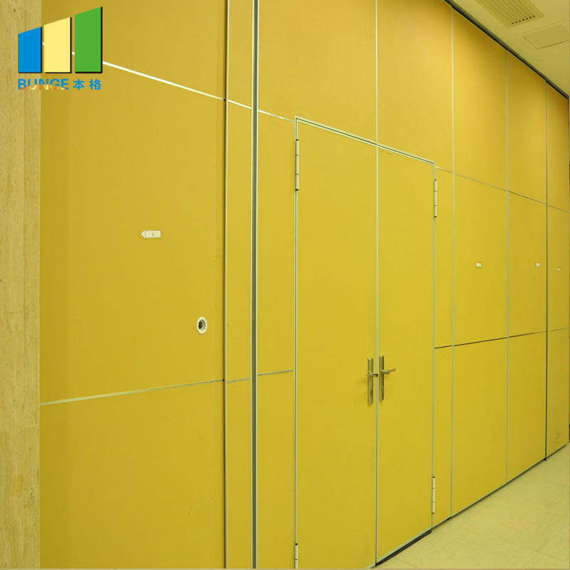 Sound Proof Sliding Operable Retractable Wall Partitions for Banquet Hall
