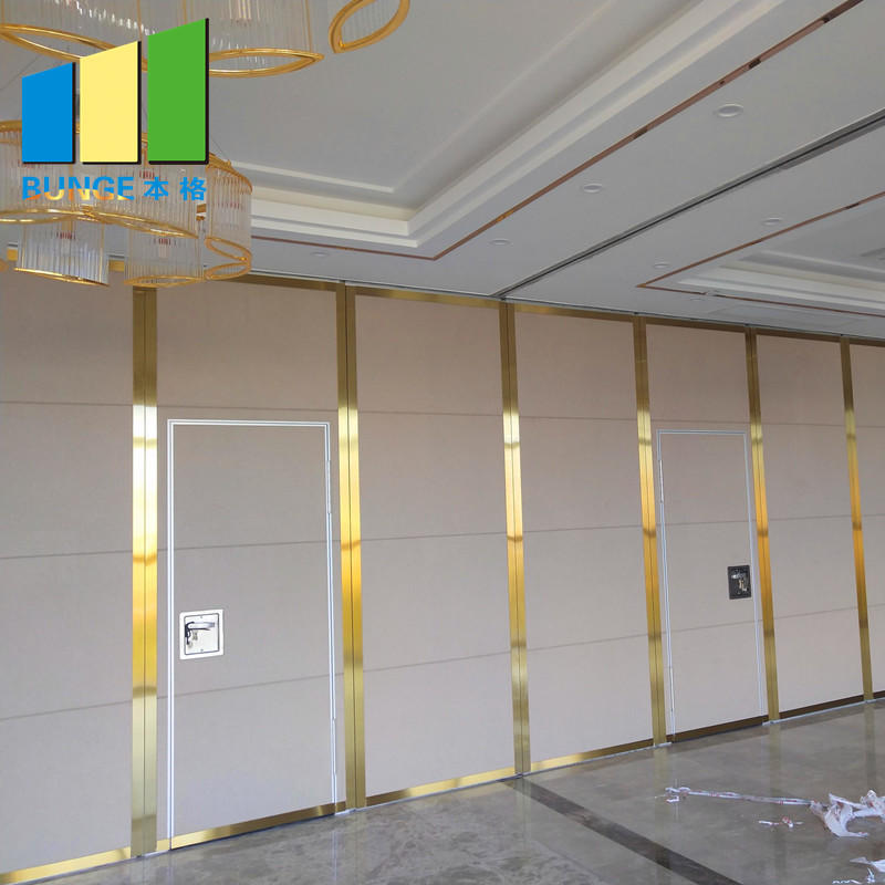 Hotel Wooden Operable Sliding Folding Partition Acoustic Movable Partition Wall