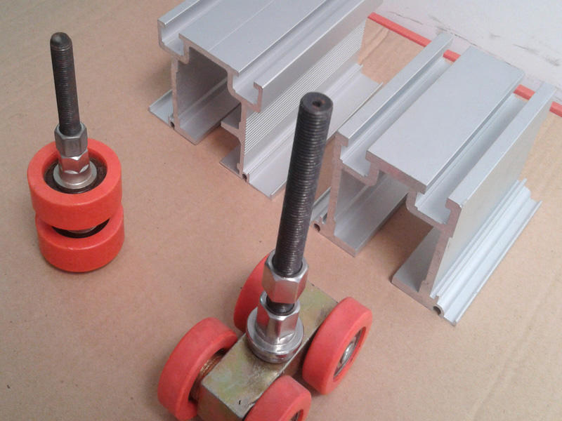 Hot rollers glass wall hardware aluminum Bunge Brand