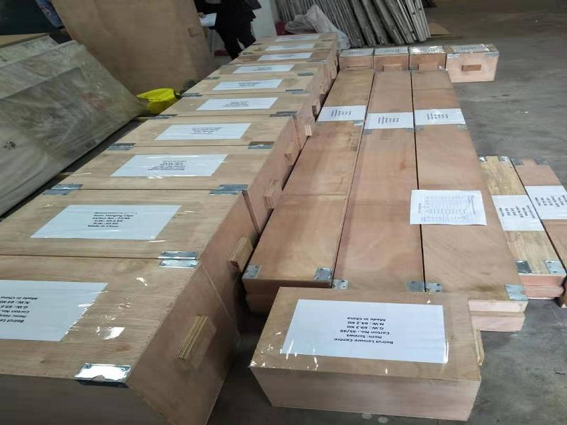 Packing and shipment for the ultra-high system steel tracks to Lebanon.