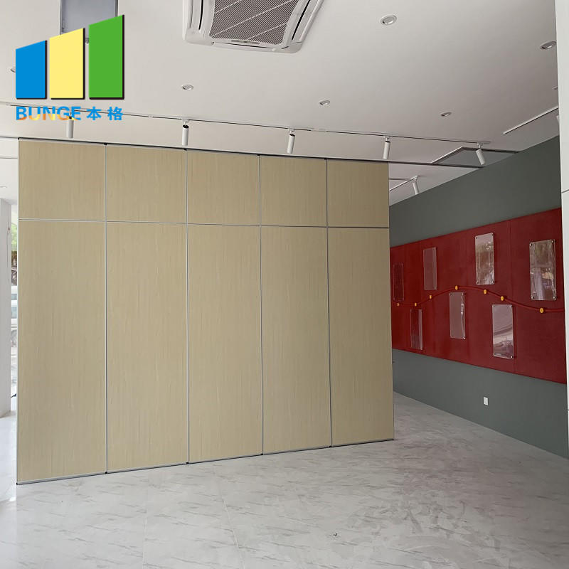 Philippines Soundproof Operable Wall Folding Movable Office Partition Installation