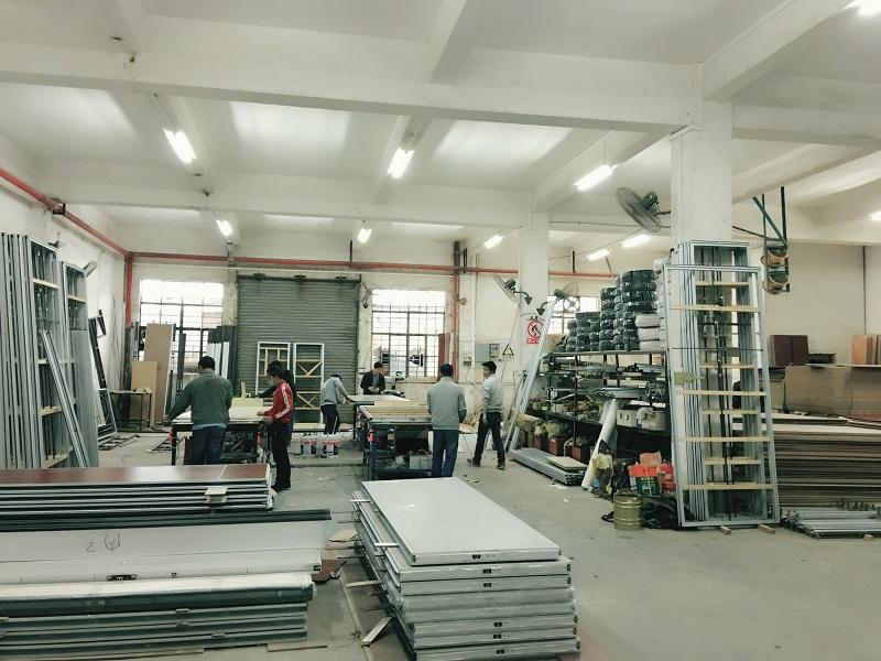 Production process about foldable partitions
