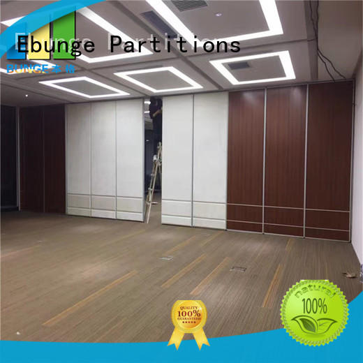 operable wooden partition personalized for conference room